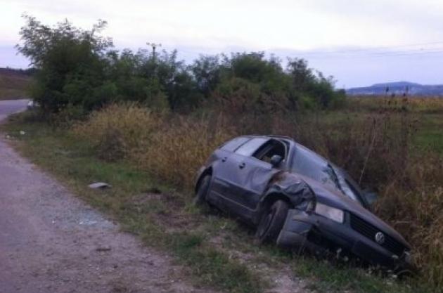 Șofer băut cu mașina în șanț, la Mușenița