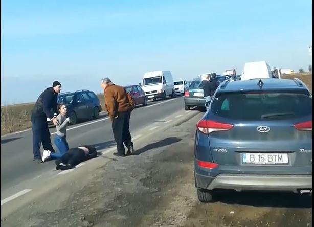 Bărbat spulberat de o mașină, la Cumpărătura. La volan se afla fostul prefect Ioan Băncescu
