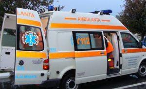 Minoră rănită într-un carambol între trei autoturisme, la Salcea