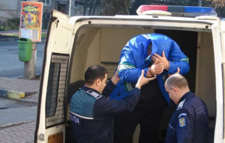 Tânăr din Cornu Luncii condamnat pentru infracțiuni rutiere, găsit de polițiști după două luni de căutări