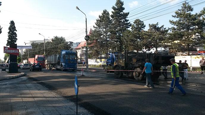 asfaltare  strada Universitatii 19.05 (1)