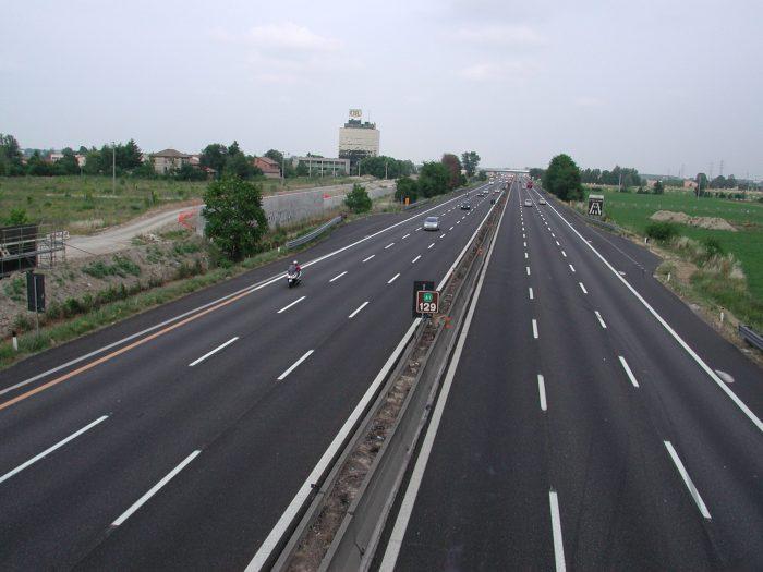 """Flutur anunță""""pași concreți""""pentru autostrada Siret – Suceava – București. Totuși, documentația este de drum expres"""
