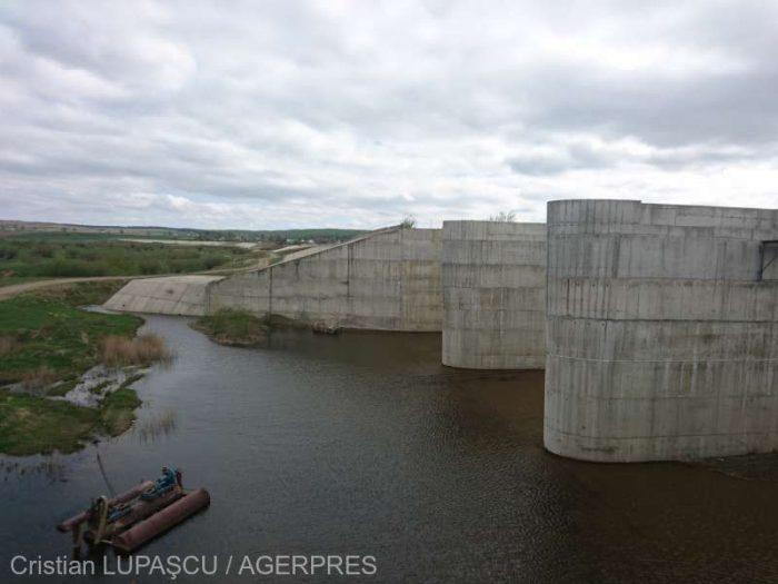 Verificări la construcțiile hidrotehnice cu rol de apărare împotriva inundațiilor din județul Suceava