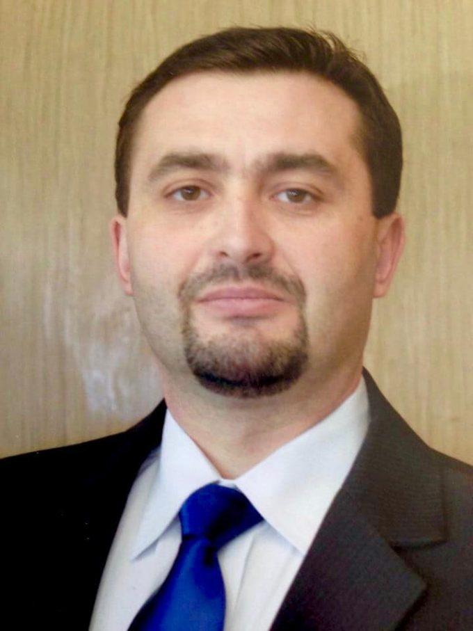 Carne de tun pentru Ursaciuc, la Gura Humorului : candidatul PSD Adrian Romanescu