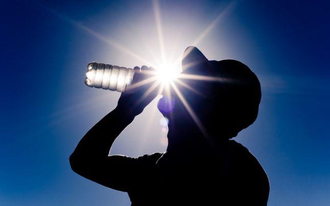canicula-apa-hidratare