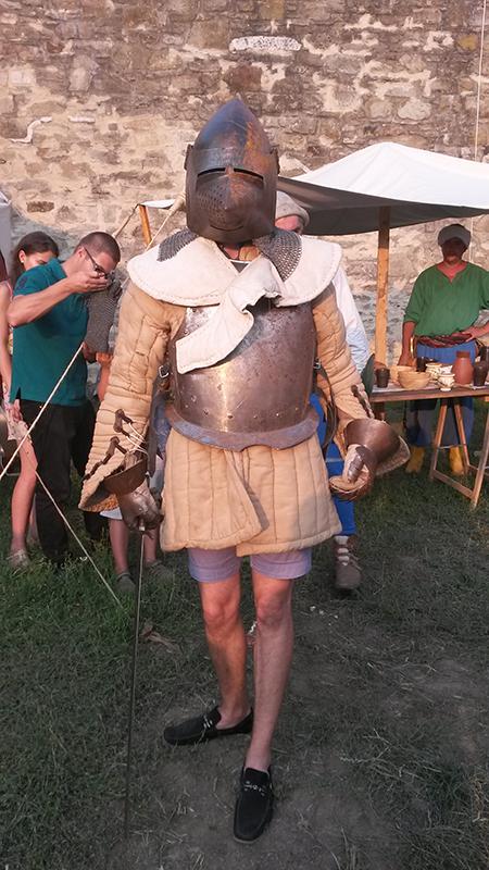 cavalerul in pantaloni scurti 2