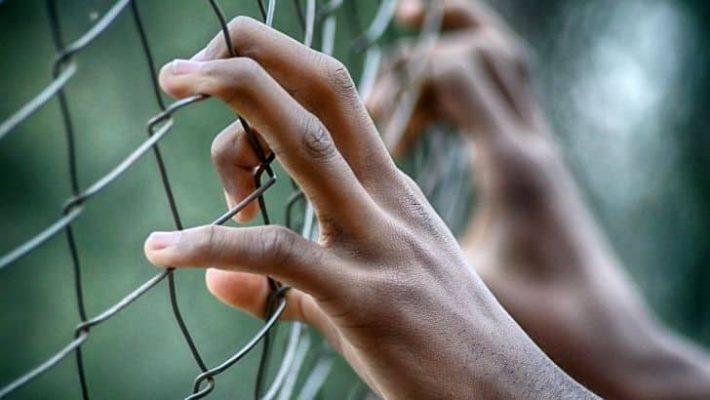 Minoră din Șcheia internată într-un centru de detenție după o tentativă de tâlhărie calificată