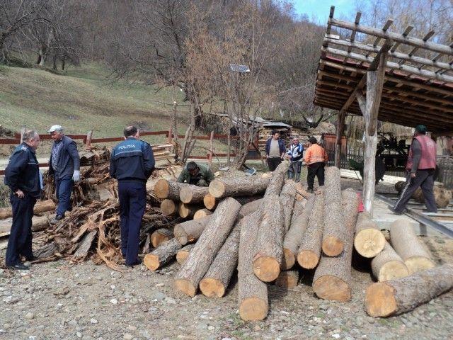 Sancțiuni de peste 150.000 lei aplicate unor administratori de gatere din județul Suceava