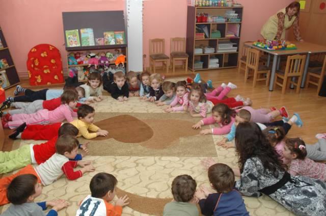 Două unități de învățământ din județul Suceava au suspendat parțial cursurile din cauza gripei