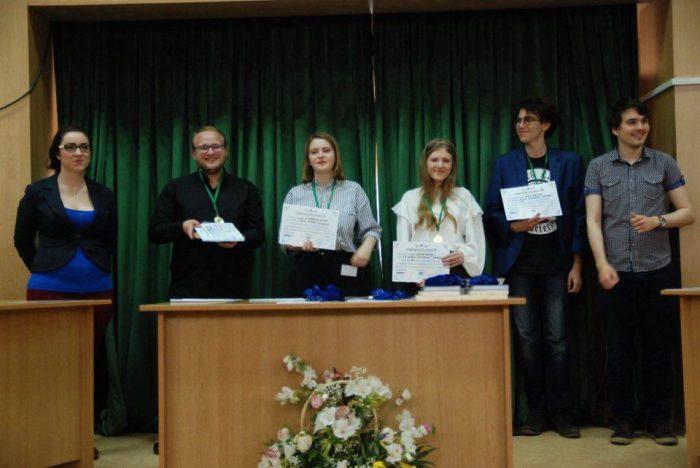 """Clubul de dezbateri al Colegiul Național """"Nicu Gane"""" s-a calificat la Forumul Național de Dezbateri Academice"""