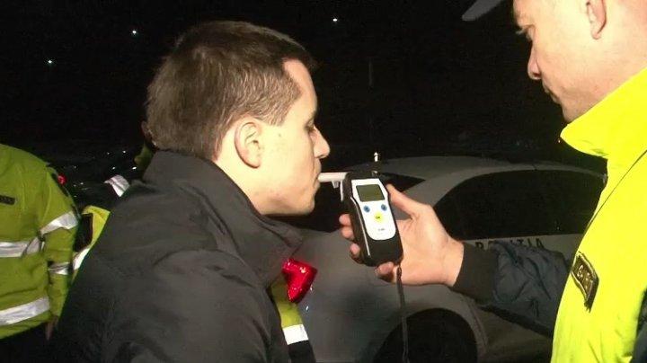Controale pentru depistarea șoferilor care au consumat băuturi alcoolice: 517 conducători auto au fost testați cu etilotestul, doar doi erau băuți