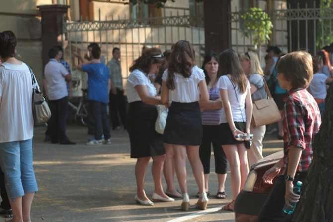 421 de elevi suceveni au absentat la proba de matematică a evaluării naționale