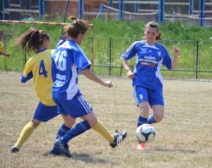 fotbal feminin Armonia cu Prundu Bargaului 28.07.2013