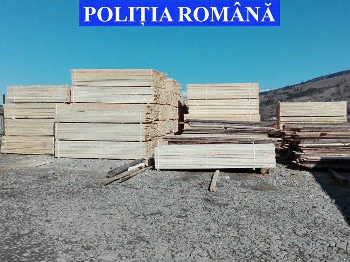 Nereguli la o firmă de exploatarea lemnului din Slatina: amendă de 9000 lei și cherestea de 19.000 lei confiscată