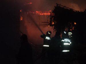 incendiu Cotu Baii 03.10.2013 viceprimar Andries (22)