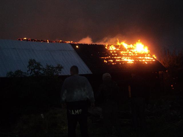 Gospodărie afectată de incendiu, la Suha