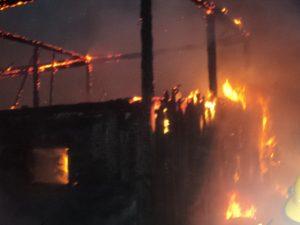 incendiu Cotu Baii 03.10.2013 viceprimar Andries (29)
