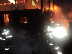 incendiu Cotu Baii 03.10.2013 viceprimar Andries (35)