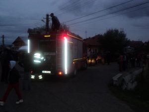 incendiu Cotu Baii 03.10.2013 viceprimar Andries (8)