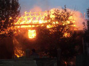 incendiu Cotu Baii 03.10.2013 viceprimar Andries (9)
