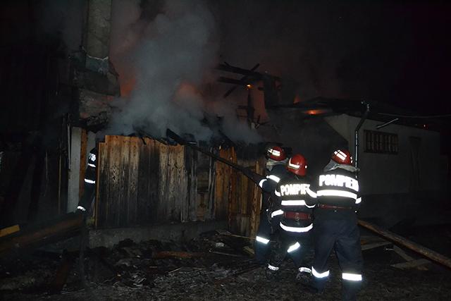 incendiu pensiune Vornet 31.12.2015