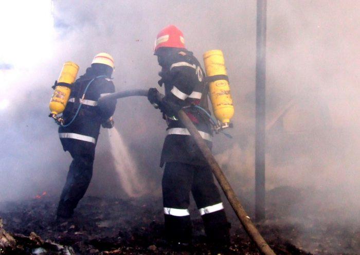 Incendiu la o societate de panificație din Fălticeni