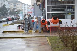 marfa scoasa pe trotuar Falticeni, 06.03 (3)