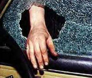 Botoșenean jefuit de un alt botoșenean, în municipiul Suceava