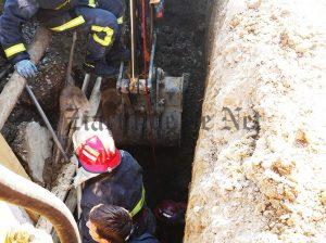 muncitor salvat dintr-o groapa (2)