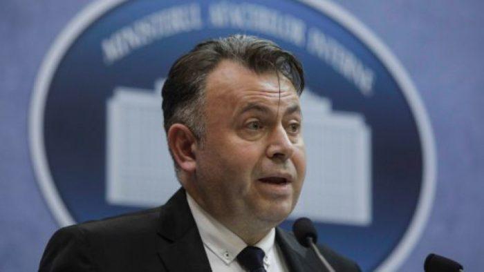 """Ministrul Sănătății: """"La Suceava, lucrurile încep să intre pe făgaşul normal. Au fost refăcute circuitele în tot spitalul."""""""