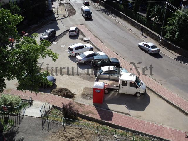 Viceprimarul Andronache vrea abonamente după ce vor fi modernizate parcările dintre blocurile din municipiul Suceava