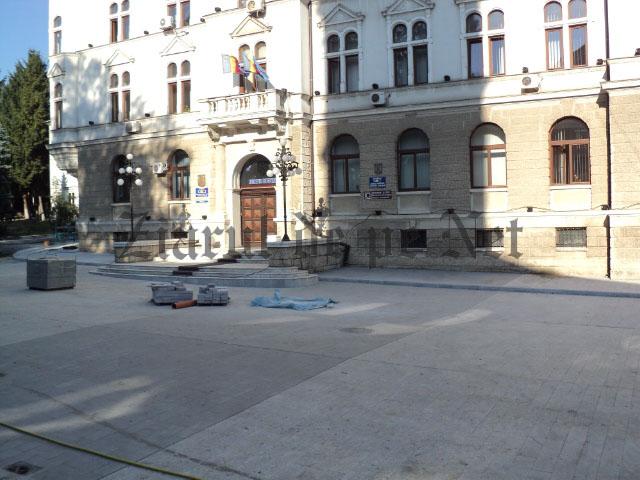 pavaj nou Palatul Administrativ Suceava 08.09.2015