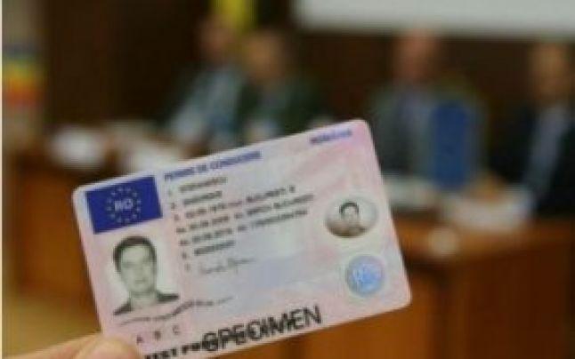 Un bărbat din Slatina cu permisul de conducere românesc suspendat și-a luat unul bulgăresc pentru a continua să conducă. Polițiștii i l-au reținut și pe acesta