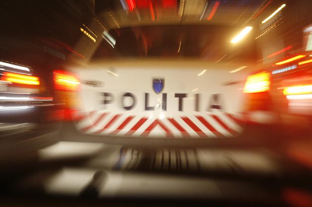 Conducător auto fără permis blocat de polițiști în trafic, la Vicovu de Sus