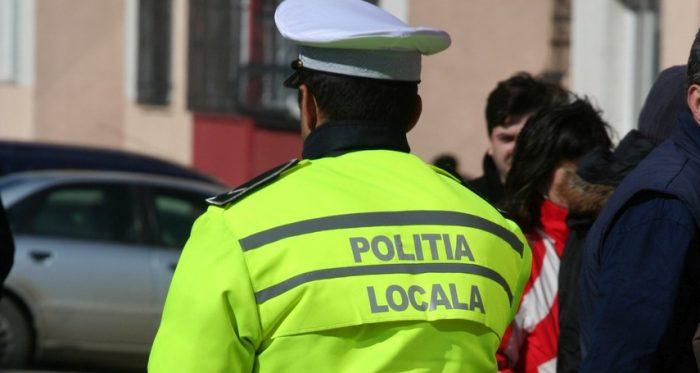 Polițiștii locali suceveni vor ridica vehiculele parcate neregulamentar