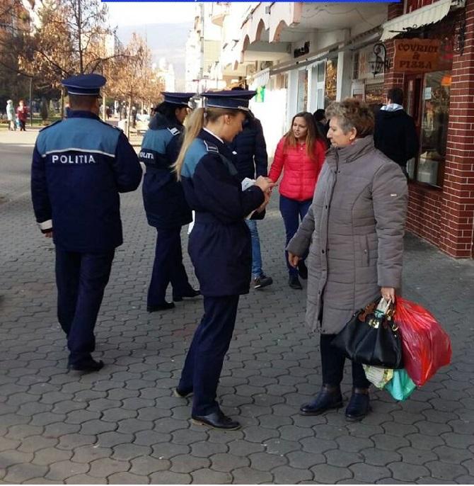 politista-pe-strada