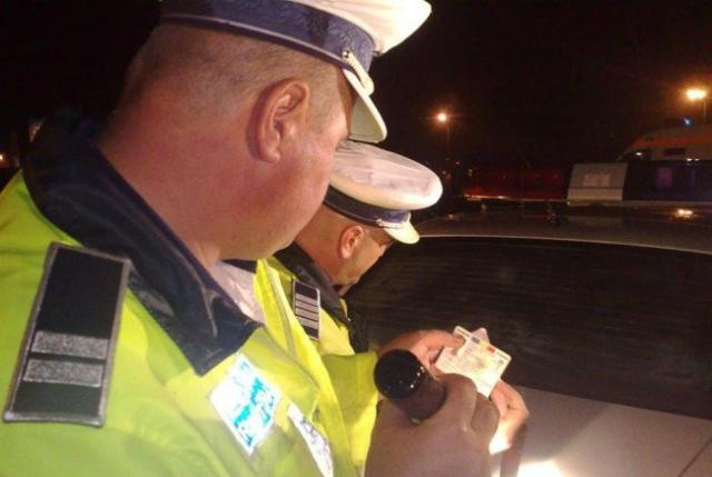 Băut și fără permis, oprit de polițiști la Forăști