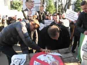 protest PDL 05.12 (1)