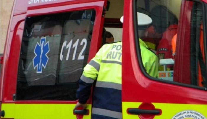 Voluntar ISU accidentat după o tamponare în intersecția de la Primăria Suceava