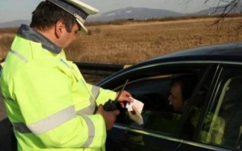 Conducător auto din Marginea, depistat de polițiști la volan cu permisul suspendat de o zi
