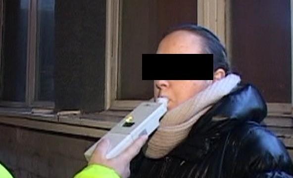 Șoferiță din Câmpulung Moldovenesc depistată băută la volan