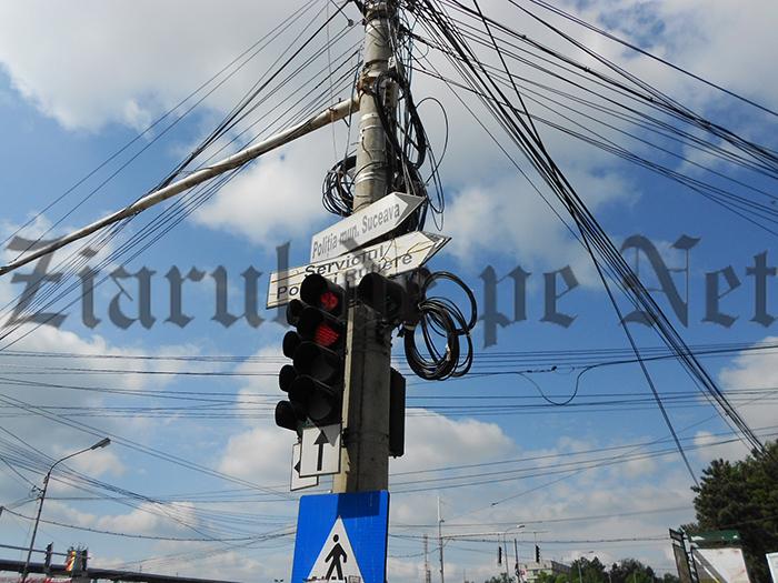 100 kilometri de canale pentru îngroparea cablurilor de pe stâlpi, în municipiul Suceava