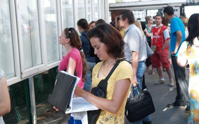 După prima sesiune, au mai rămas libere la USV 239 de locuri la licență