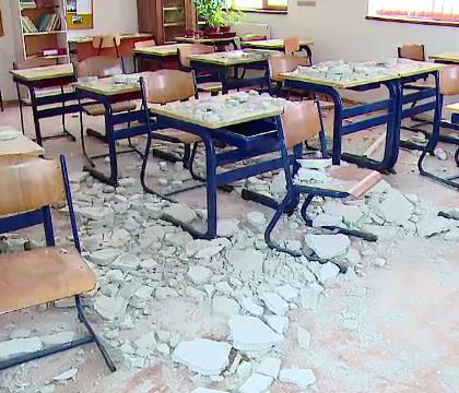 tavan cazut in scoala