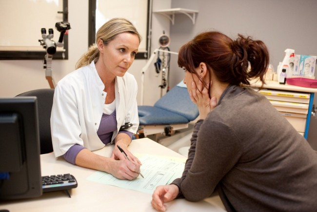 Campanie de prevenire a cancerului de col uterin în județul Suceava: 728 de femei au avut rezultate pozitive