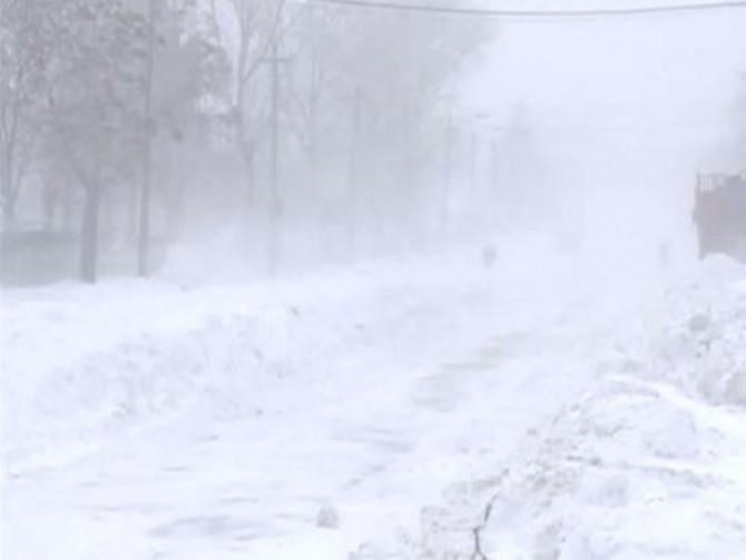 Cod galben de vânt puternic și ninsoare în zona de vest a județului Suceava