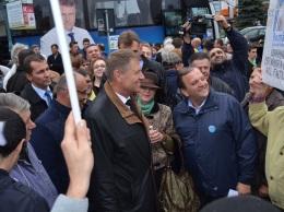 vizita electorala Klaus Iohannis la Falticeni 22.10 (28)